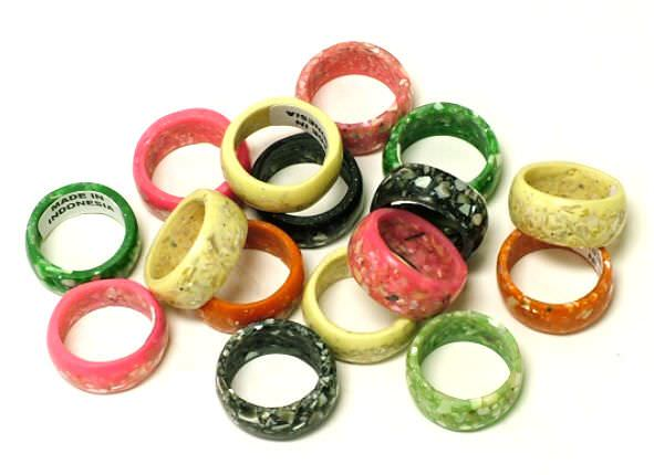12- Assorted Rings 1494