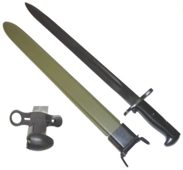 20in World War II bayonet H2527