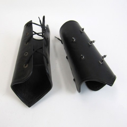 Set of 2 Leather Arm Garuds with Spikes