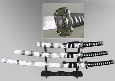 Samurai Set 3 Piece Black and White with Stand