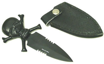 Pirate Skull &amp; Cross Bones Knife 5 1/2&quot;