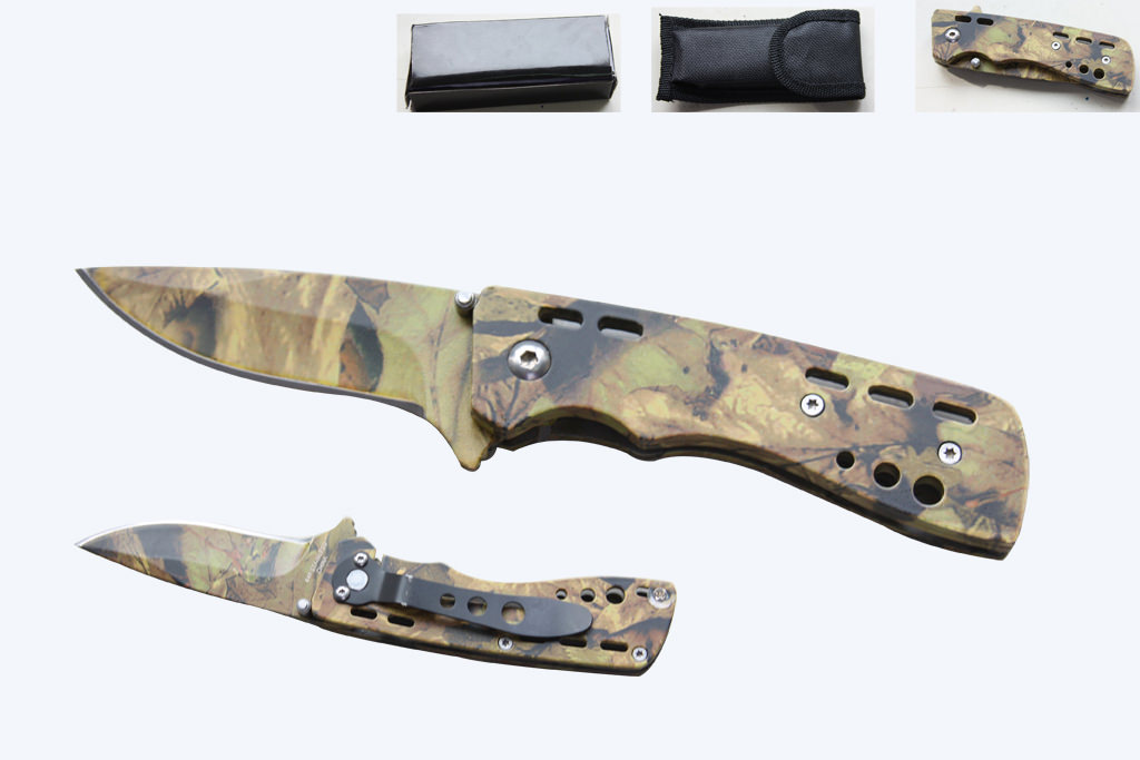 Camo Folding Pocket Knife with case and pocket clip