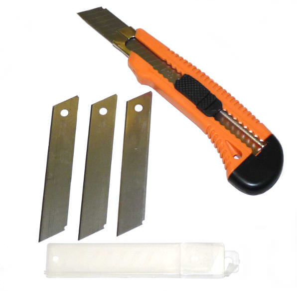 5 pc Utility Knife & Spare blades