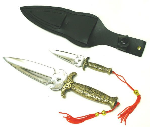 2 Hunting Throwing Collector Knives HK5605